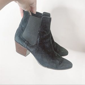 Sam Edelman black suede leather ankle booties